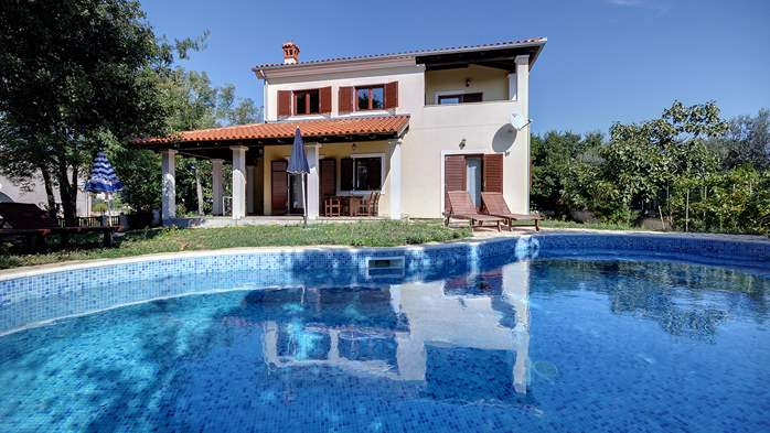 Villas with pool Villa Dora