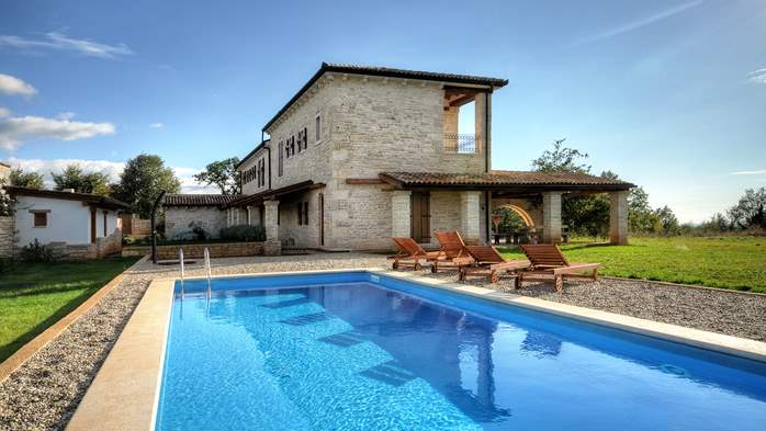 Villas with pool Villa Corine