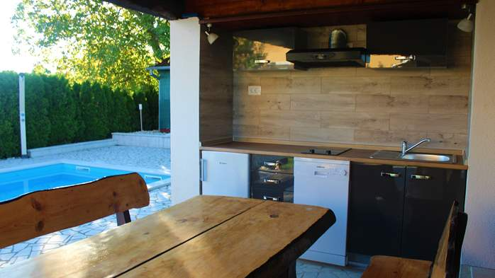 Villa with swimming pool, children playground and outside kitchen, 9