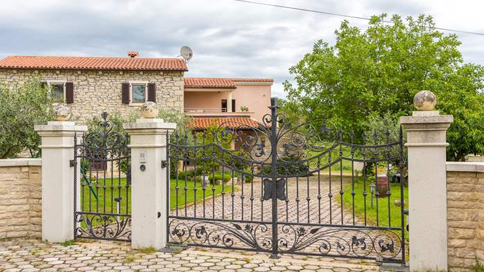 Beautiful Istrian house with landscaped garden, BBQ, parking, 19