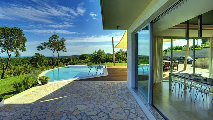 Villa with infinity pool, glass sauna,terrace and unique sea view, 11