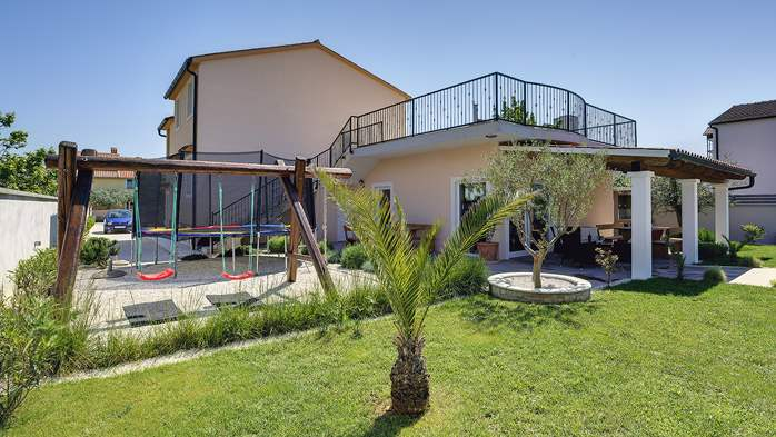 Modern villa in Medulin, with swimming pool, gym and Wi-Fi, 8