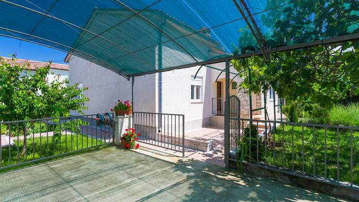 Charming holiday home in Premantura, 3 bedrooms, garden, Wi-Fi, 3