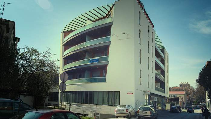 Modern building offers luxury accommodation in Pula city centre, 20
