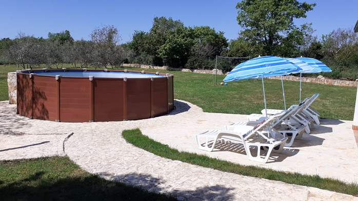 Pet friendly house with pool with sea water, volleyball, Wi-fi, 7