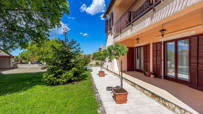 Lovely house on fenced plot in rural Istria, with charming garden, 13