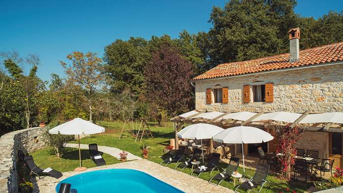 Villa on 2 floors, with pool and terrace in central Istria, 10