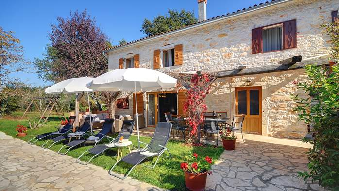 Villa on 2 floors, with pool and terrace in central Istria, 11