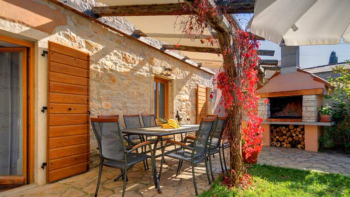 Villa on 2 floors, with pool and terrace in central Istria, 13