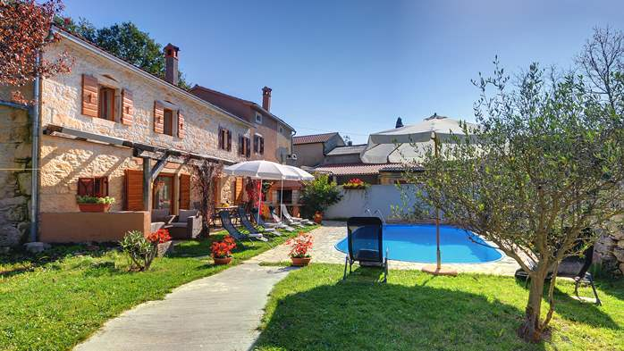 Villa on 2 floors, with pool and terrace in central Istria, 2