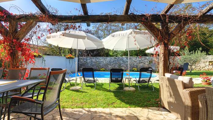 Villa on 2 floors, with pool and terrace in central Istria, 16