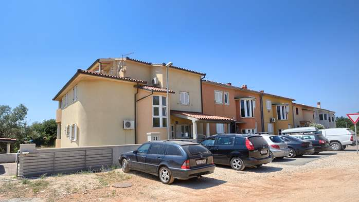 Lovely house offers accommodation in nicely furnished apartments, 22