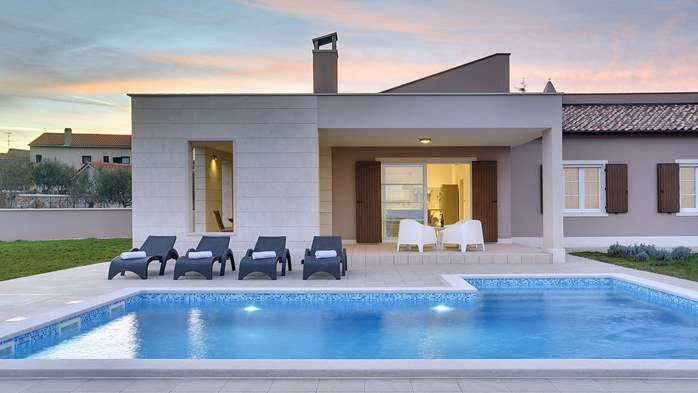 Stunning modern villa, private pool, WiFi, sea view, 15