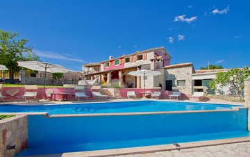 Villa with pool, terrace and playground for kids, close to Labin