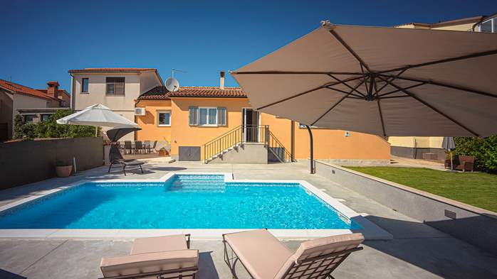 Beautiful house in Stinjan for eight persons, with private pool, 2