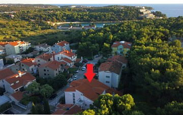Nice villa in Pula offers modern and well-decorated apartments