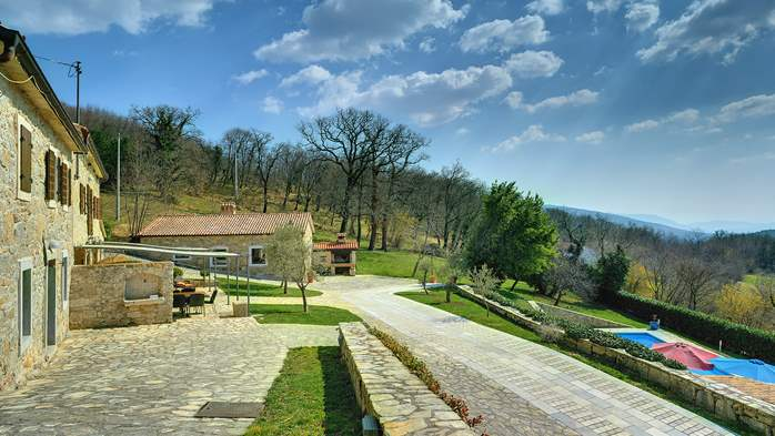 Rustic villa with pool within the borders of the Učka Nature Park, 5