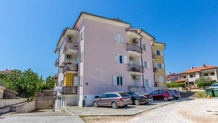 Divine accommodation in residential building in city of Rovinj, 12