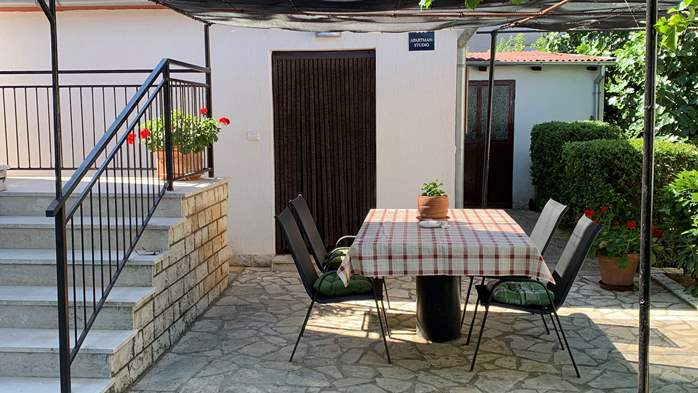 Holiday house in Pula with covered terrace and air conditioning, 5