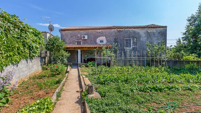 Traditional house with 2 BR offers an unique experience of Istria, 4