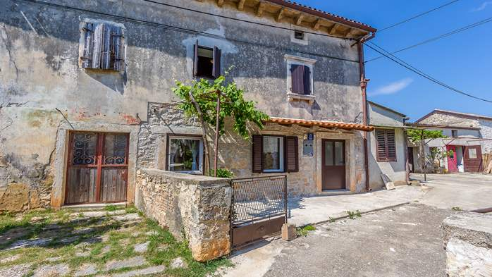Traditional house with 2 BR offers an unique experience of Istria, 6