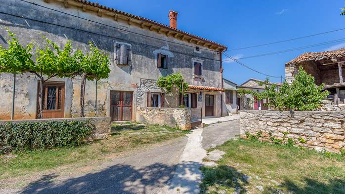 Traditional house with 2 BR offers an unique experience of Istria, 2