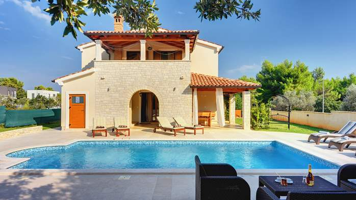 Charming stone villa in Medulin with private pool and sun terrace, 7