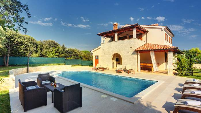 Charming stone villa in Medulin with private pool and sun terrace, 13