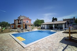 Villa Filipana
