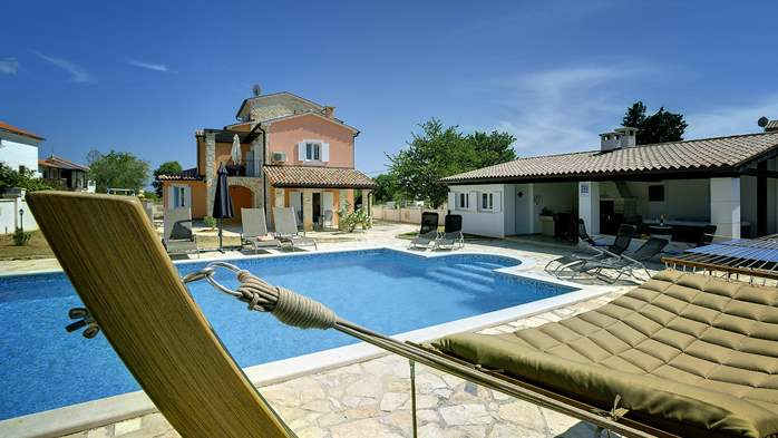 Two villas with two swimming pools and jacuzzi, WiFi, playground, 1