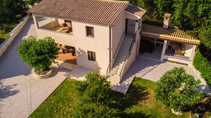 Graciously decorated house in Fažana with big fenced garden, 5
