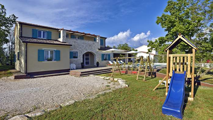Villa with pool, sauna and kids playground for 12 persons, 5