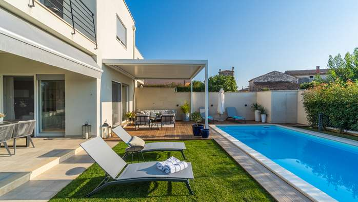 Villa with pool, terrace, for 6 to 8 persons, near Novigrad, 14