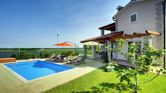 Villa with private pool, close to Novigrad, for a perfect holiday, 5