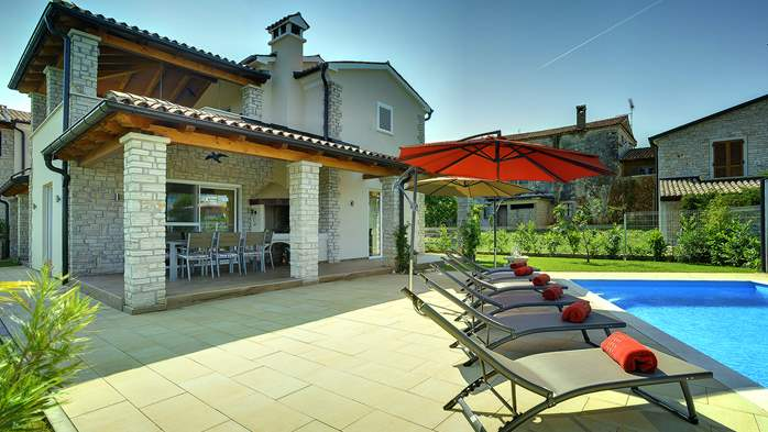 Villa with private pool, close to Novigrad, for a perfect holiday, 4