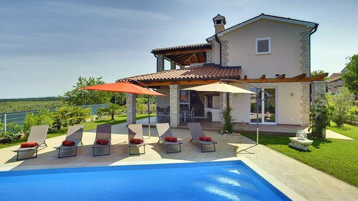 Villa with private pool, close to Novigrad, for a perfect holiday, 3