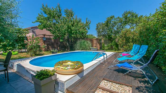 Holiday home with private pool in Štinjan, Wi-Fi, BBQ, 2