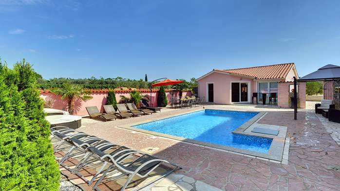 Unique 12 bedroom property with pool ideal for multiple families, 2