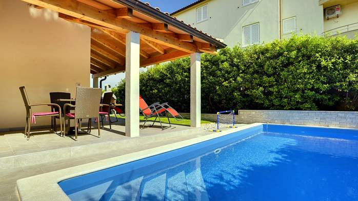 Newly built house in Ližnjan with a private pool and free WiFi, 7