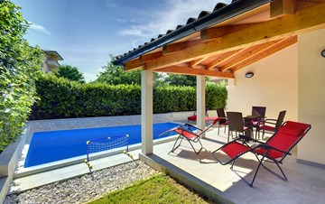 Newly built house in Ližnjan with a private pool and free WiFi
