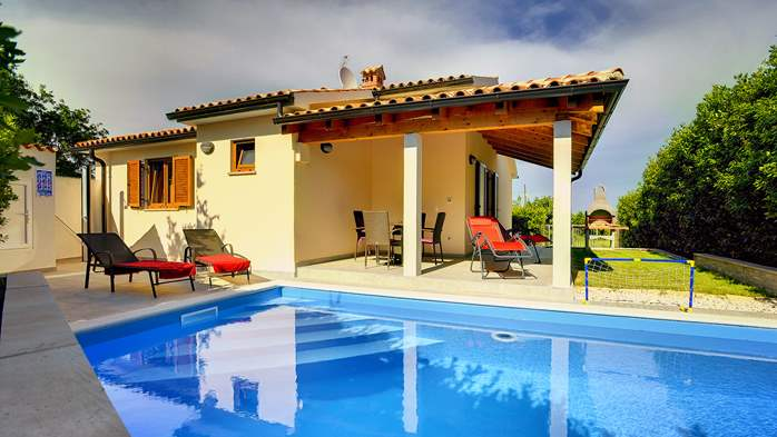 Newly built house in Ližnjan with a private pool and free WiFi, 4