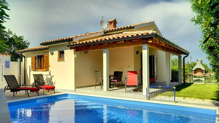 Newly built house in Ližnjan with a private pool and free WiFi, 8