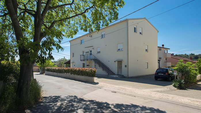 Detached house in Štinjan with parking place and WiFi connection, 13