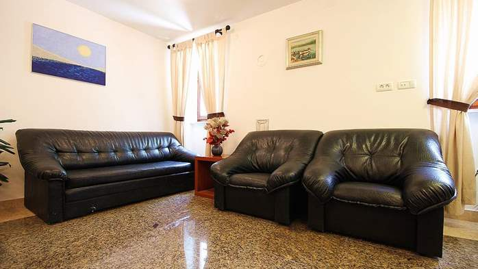 Apartment with shared pool, terrace, barbecue for 9 persons, 3