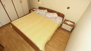 Two bedrooms in the apartment with private balcony for 4 persons, 7