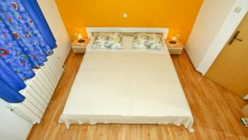 Apartment with balcony and two bedrooms for 5 persons, Internet, 5