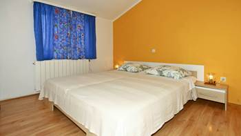 Apartment with balcony and two bedrooms for 5 persons, Internet, 4