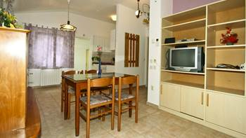Apartment for 4 persons with shared outdoor pool and terrace, 1