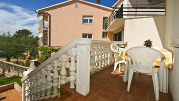 One-bedroom apartment with double bed, private balcony, pool, 6