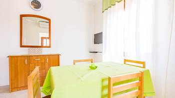 One bedroom apartment in Banjole with WiFi and private terrace, 6